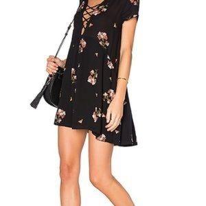 AMUSE SOCIETY   LATRICE BLACK FLORAL MINI DRESS D